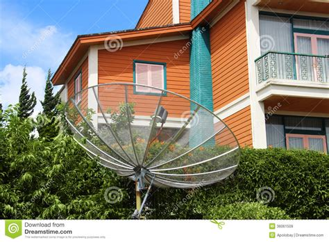 backyard satellite dish backyard satellite dish 28 images my satellite dish