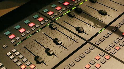 radio sales are back on air