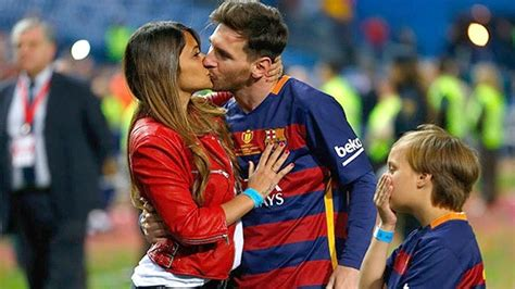 messi biography net worth lionel messi net worth wife dog cars family kids house