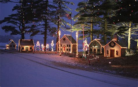 edaville christmas festival of lights reviews a look back at edaville railroad boston com