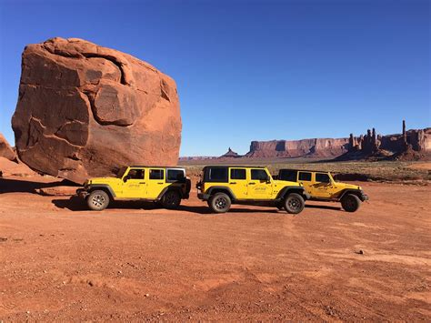 Monument Valley Jeep Tours Sacred Monument Tours Experience Monument Valley With