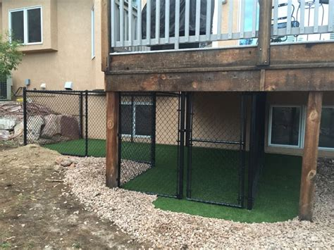 dog house under deck 25 best ideas about chain link dog kennel on pinterest dog kennel and run outdoor