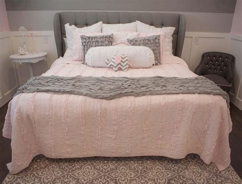 pink gray bedroom light pink and grey bedroom trends including decor