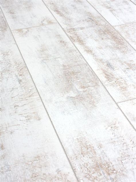 packs of distressed white laminate flooring 12mm ac4 click distressed white laminate flooring