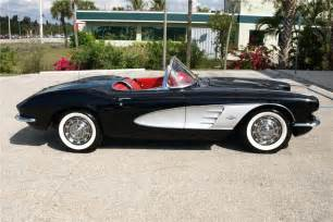 1961 chevrolet corvette convertible 101626