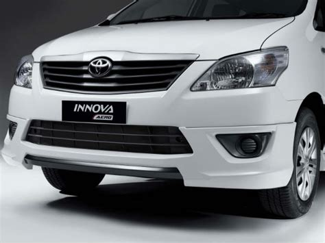All New Innova List Bumper Depan Bawah Front Lower Bumper Trim Chrome toyota innova limited edition aero innova drivespark news