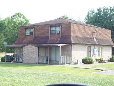 Apartments Rd Ky 2 Apartment Rd Cbellsville Ky 42718 Rentals