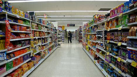 supermarket store layout uk uk supermarkets told to green up their act treehugger