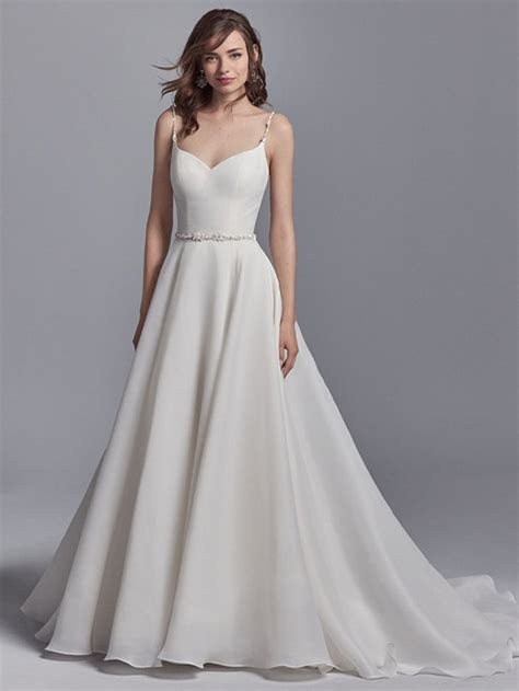 Simple Elegant Delicate Wedding Dress