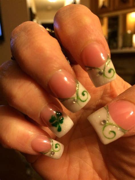 st pattern nails saint patrick s day nail designs