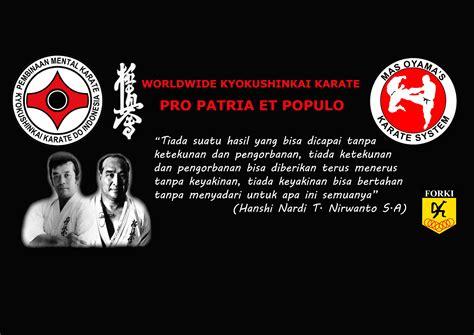 Karate Gantungan Tas pembinaan mental karate kyokushinkai karate do indonesia