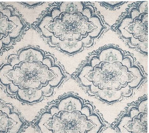 Pottery Barn Medallion Rug by Francis Printed Floral Medallion Rug Pottery Barn