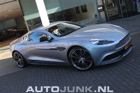 silver aston martin vanquish vanquish in two kinds of silver 187 aston martin com