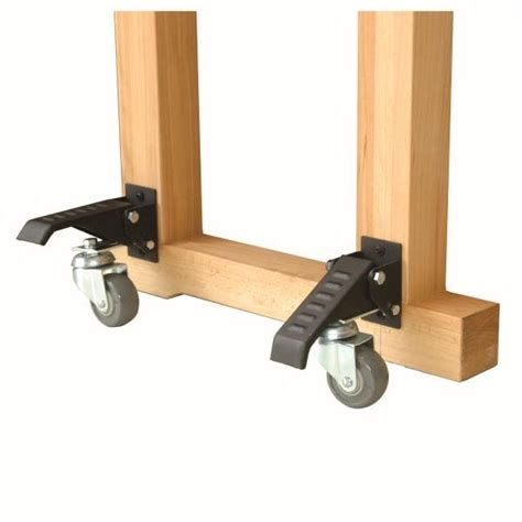 workbench plans  casters fine woodworking magazine