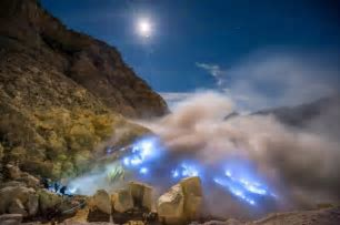 Milky Way over Ijen Volcano   Today's Image   EarthSky