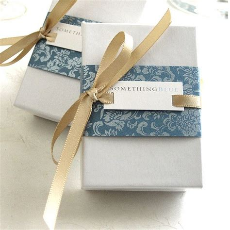 wrapping gifts ribbon through slots gift wrap paper ideas pinterest
