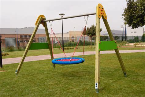 swing tänzer instalan en ibiza columpios para ni 241 os con discapacidad