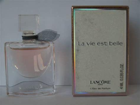 miniatures de parfum de collection avec  liste de