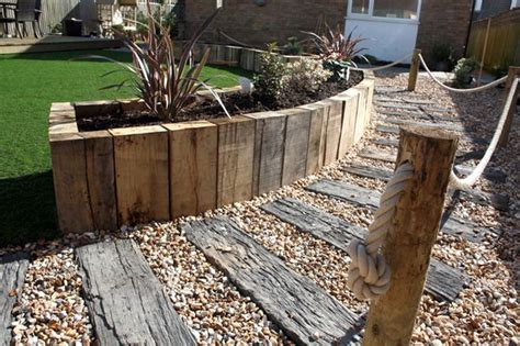 Laying Garden Sleepers by 1000 Ideas About Sleeper Steps On Gabion
