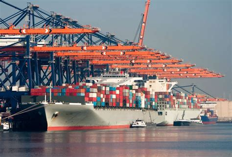 il port 10 reasons why rotterdam is the port to back in 2015
