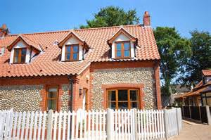 4 garden cottages blakeney self catering house