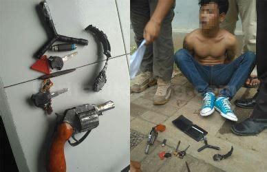 Kunci Leter T bawa senjata api dan kunci letter t pemuda asal karawang ditangkap polisi di pos lantas jurong