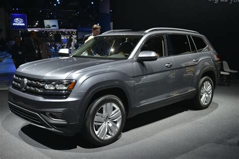 volkswagen atlas vw s new atlas 7 seat crossover was designed for mericans