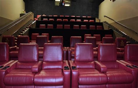 movie theatre reclining seats amc to install more reclining seats bars and big screens
