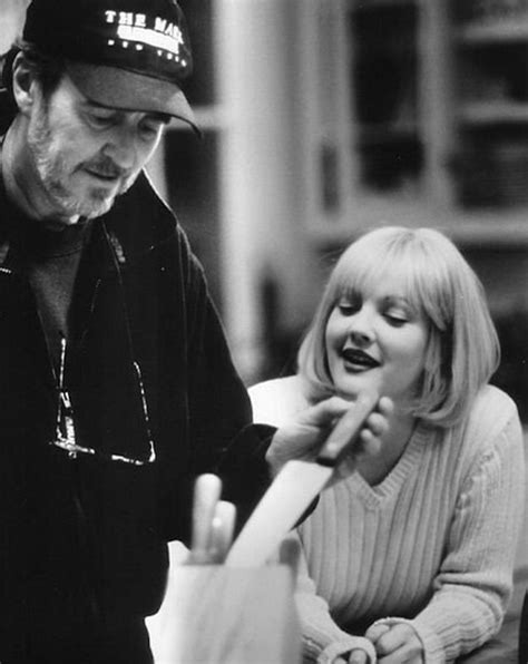 film horror wes craven 40 awesome behind the scenes photos from horror movies