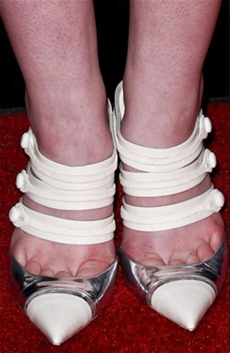 ontd original: the worst celebrity shoe offenses oh no