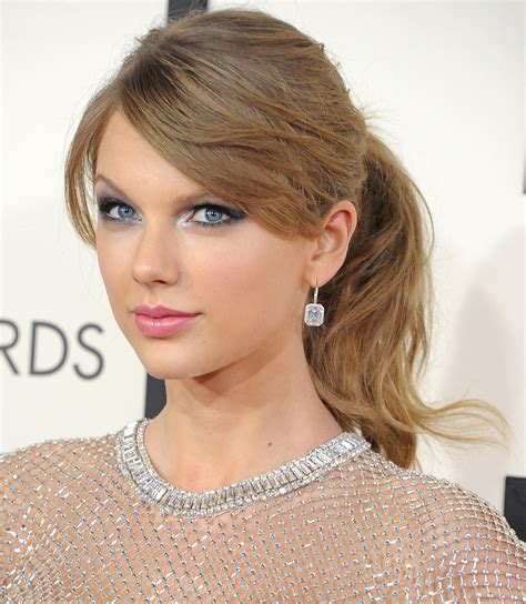 striking gaze hairstyle blue eyes silver shadow bombshell gaze 8 ways to