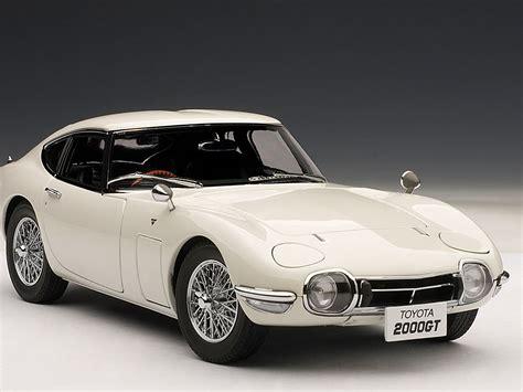autoart toyota 2000gt autoart 1 18 toyota 2000 gt coupe upgraded white