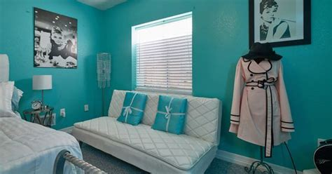 breakfast at tiffanys bedroom audrey hepburn breakfast at tiffany s inspired bedroom