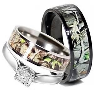 Camo Wedding Ring Sets for Him and Her   Cherry Marry