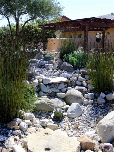 Rock Garden South Home Dzine Garden Ideas Pebble And Rock River Bed For Garden Drainage