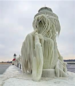 Lake michigan s lighthouses in winter photos the huffington post