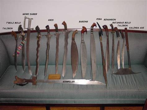 filipino traditional weapons espada  daga filipino