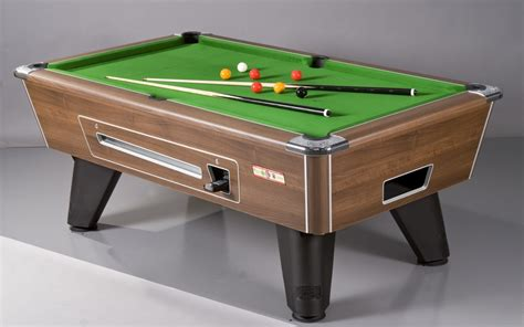 pool tables keep punters on site when the sun goes