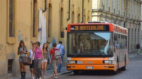 pavia autobus pavia weekend senza nel centro storico