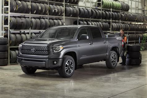 toyota tundra restyled 2018 toyota tundra sequoia gain new trd sport