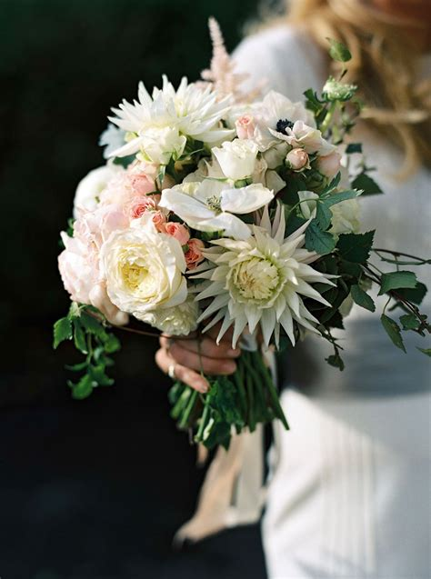 best flowers for weddings best wedding bouquets in vogue photos vogue