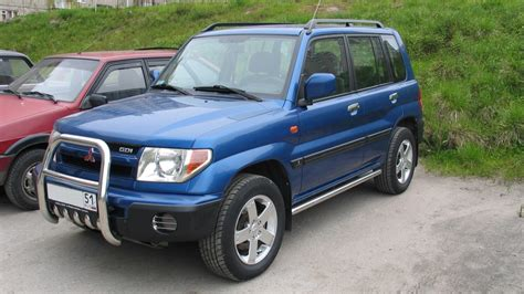 small engine repair training 2001 mitsubishi pajero navigation system mitsubishi pajero pinin 2 0 2001 auto images and specification