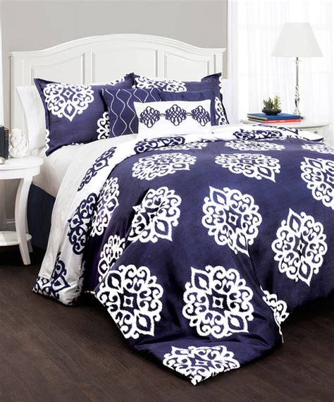 navy and white coverlet navy and white comforter sets 28 images living colors