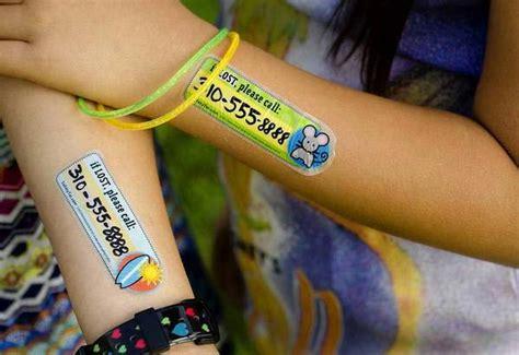 un tatouage temporaire pour ne pas perdre ses enfants inkage