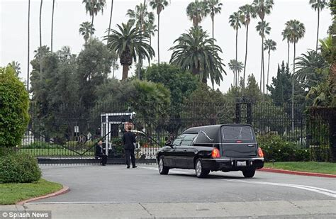 s day cemetery los angeles l wren s funeral sees mick jagger family and