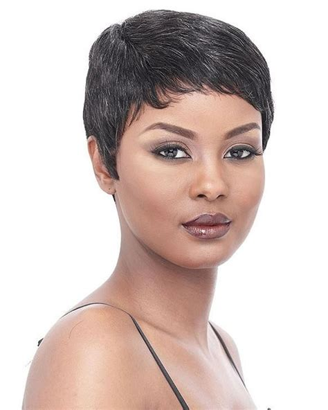 short haircuts for women with turkey kneck short hair exles picture of short hair cuts for women with