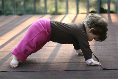 imagenes de yoga para facebook yoga para ni 241 os ejercios de yoga para ni 241 os yoga