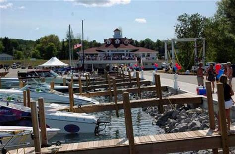 promontory lake boat rentals sommerset pointe lake charlevoix wedding event