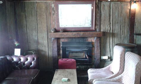 Fireplaces Canberra by 10 Cafes Pubs Wineries With Fireplaces Canberra