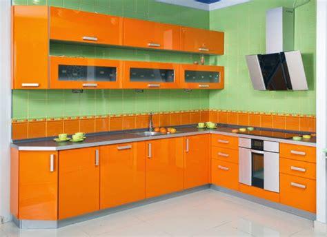 warna cat dapur  bagus rumah minimalis  model